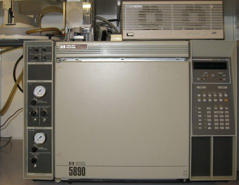 HP 5890 Series II Capillary GC with S-SL Injector and FID