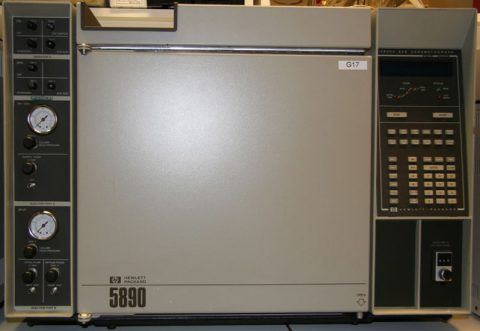 HP 5890 capillary GC with S-SL injector and FID
