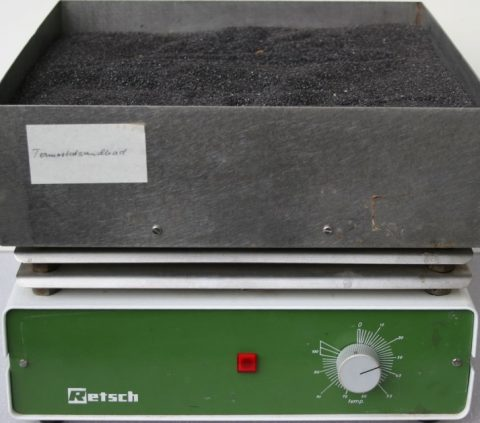 Retsch Sand Bath for heating samples in tubes, flasks or bottles